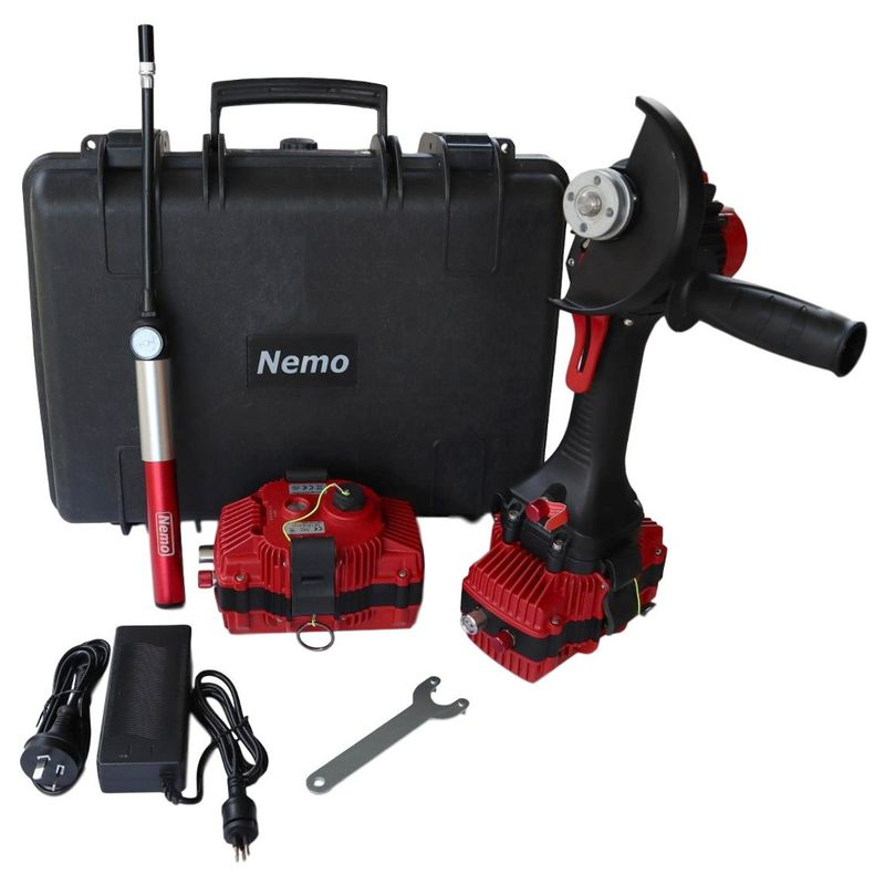 Nemo 22v UnderwaterAngle Grinder Kit V2 50mWith 2 x 3Ah Batteries