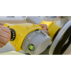 Remora Solo Hull Cleaner Kit 9Ah Battery 45 Edge Brush 2 Medium